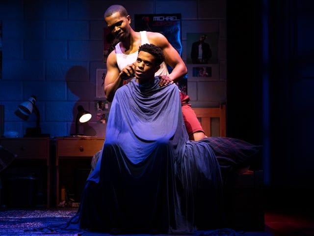 Musta suurella valkoisella tavalla: näyttelijät rikkovat esteitä, mutta Broadwaylla on vielä pitkä matka moninaisuuteen