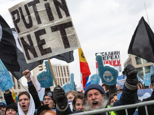 Rusya, Rus Yapımı Yazılım Olmadan Gadget Satışlarını Yasakladı