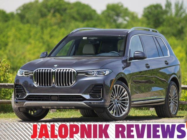 Le BMW X7 2019 est énorme mais très performant en croisière à grande vitesse