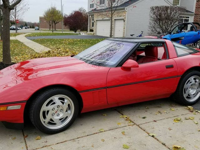 This 1990 Corvette ZR-1 Has Only 350 Miles
