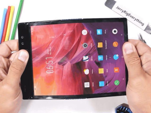 Dette er hvad der sker, hvis du folder en fleksibel smartphone til den forkerte side