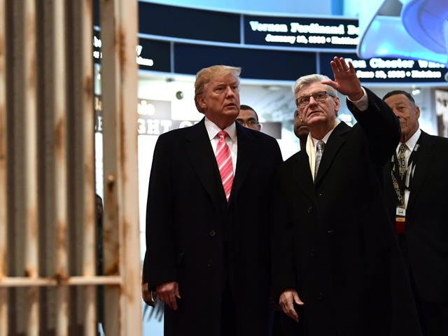 Trump Spoke at the Opening of the Mississippi Civil Rights Museum in What Was Essentially a Photo Op