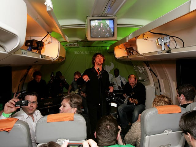 Please Don't Sing On My Plane