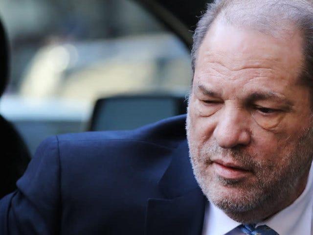 Harvey Weinstein fandt skylden mod kriminel seksuel handling og voldtægt i tredje grad