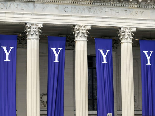 Ohio Quadruplets Decide to Attend Yale University Together in the Fall