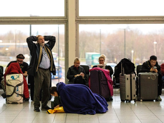 Here's What to Do If You're Stuck in Flight-Delay Hell