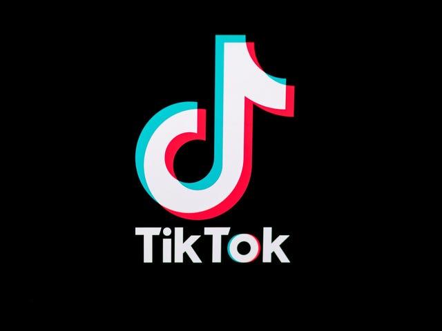 Η TikTok εναντιώθηκε στις αξιώσεις που η εφαρμογή παρακολούθησε, συγκέντρωσε και αποκάλυψε τα δεδομένα των παιδιών