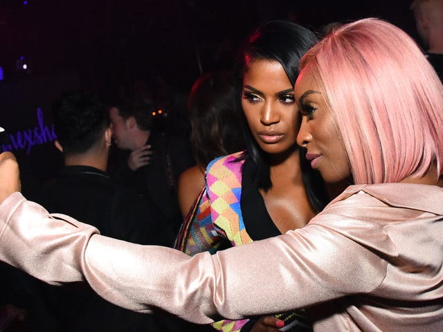 Music, Meet Makeup: Beauty Influencers Are Taking Their Tutorials to Jay-Z'sTidal