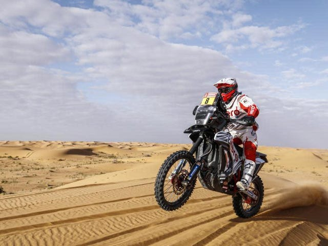 Portuguese Dakar Motorcyclist Paulo Gonçalves Has Died