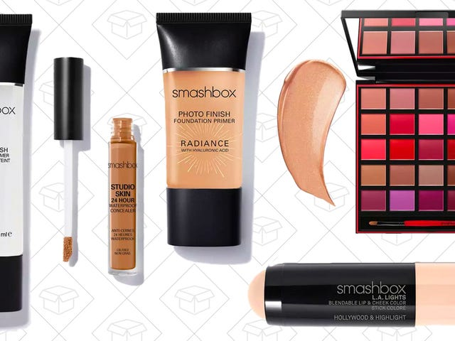 Upgrade Your Makeup Bag With 20% Off $50+ Orders From Smashbox