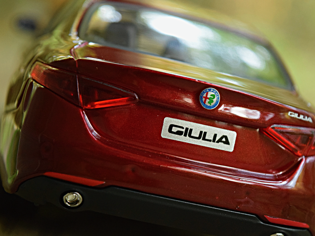 LaLD Car Week Day 1: Tutto พิจารณาจาก Rosso Alfa