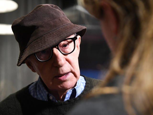Hachette-medarbejdere går ud i protest over Woody Allens fremtidige memoir