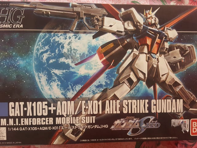 Building My First Gunpla - A Beginner's Guide to Building Your First Gundam Model
