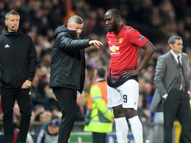 Report: Manchester United Manager Reamed Out Romelu Lukaku For Exposing That Luke Shaw Is Slow