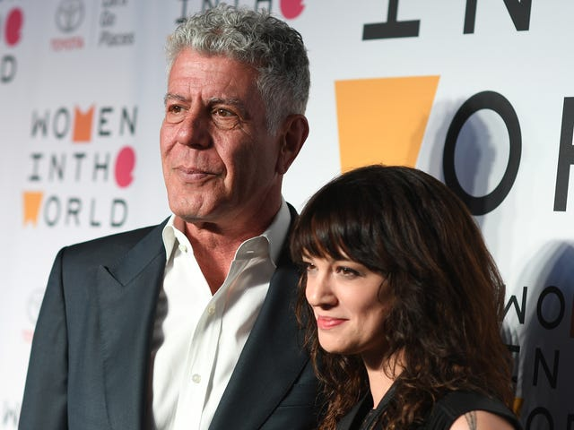 Rose McGowan urges fans, media: Don't blame Asia Argento for Anthony Bourdain's death<em></em>