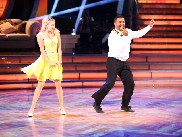 """Constant demands to """"do the Carlton"""" are making Alfonso Ribeiro's life hell"""