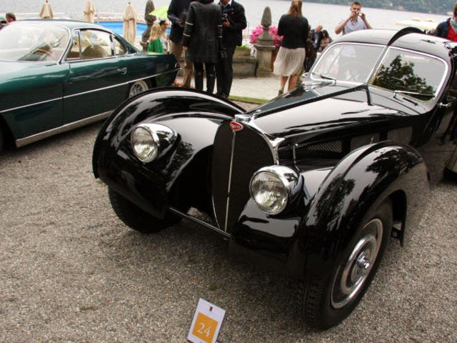 Haha Bugatti Atlantik Denilen 2 + 2 Modelini 'Daha Ekonomik' Yapabilir