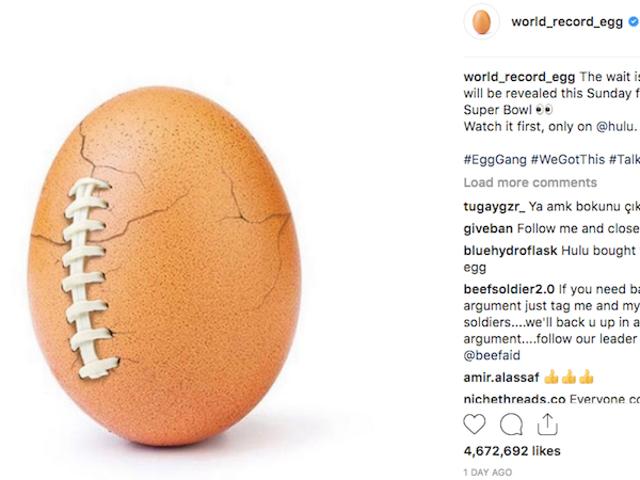 Hulu se convierte en la primera empresa en comprar publicidad del huevo más famoso de Instagram