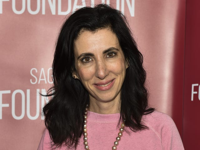 Crazy Ex-Girlfriend co-creator Aline Brosh McKenna signs overall deal with ABC Studios