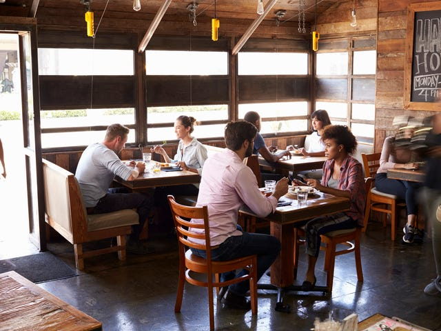 OpenTable now lets you choose seats in a restaurant