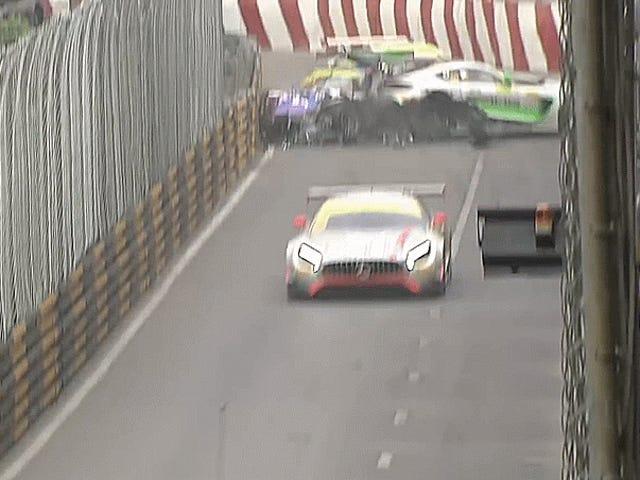 Valtava ensimmäisen kierroksen pinoaminen vie suurimman osan Macaon Grand Prix -kentästä