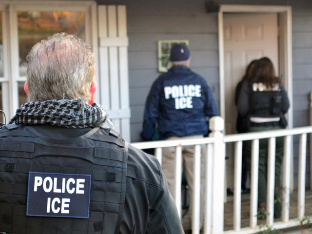 ICE Agents Raid 77 Businesses in Northern California