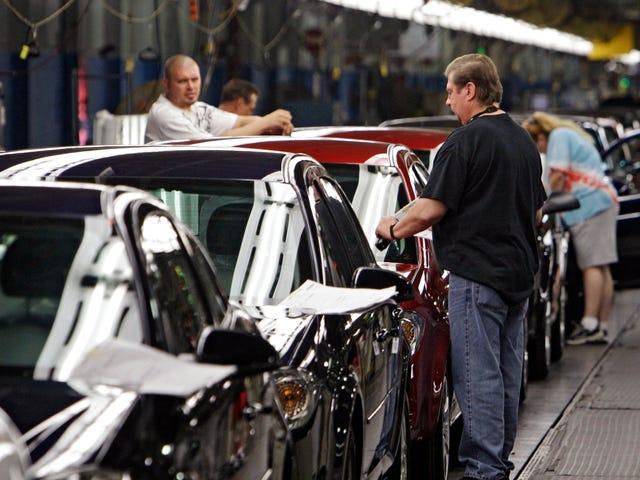 Plus de 4 000 emplois sur le billot alors que les mises à pied de General Motors commencent lundi matin