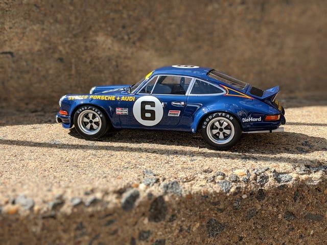 Happy Birthday To Me: Sunoco Blue Porsche 911 2.7RSR