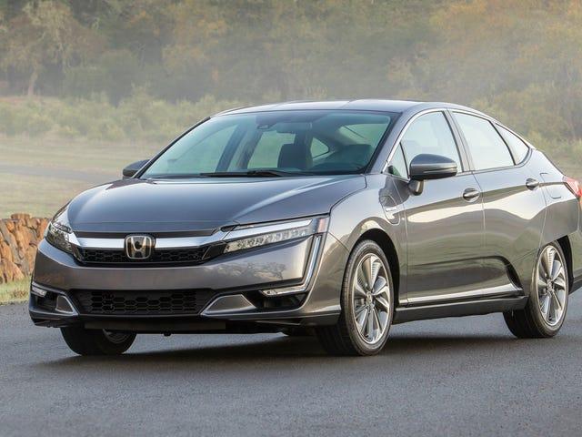 The Honda Clarity looks pretty good in person.