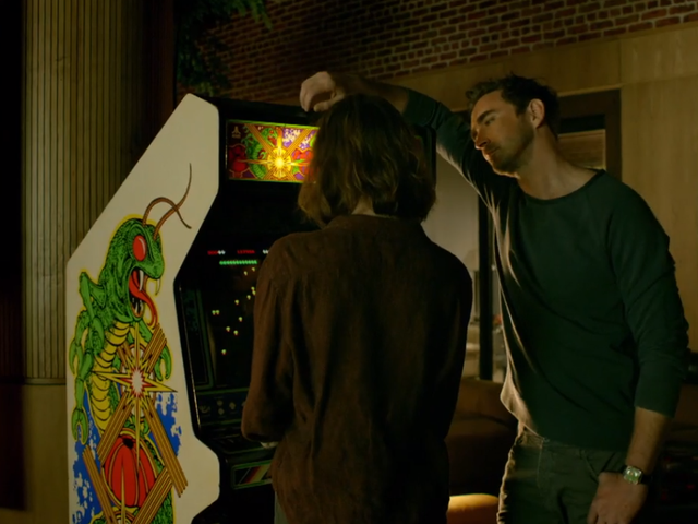The Arcade Cabinet Bridging Four Seasons Of Halt And Catch Fire