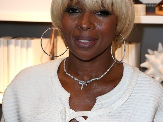 Mary J. Blige Mengatakan Donald Trump Adalah Rasis