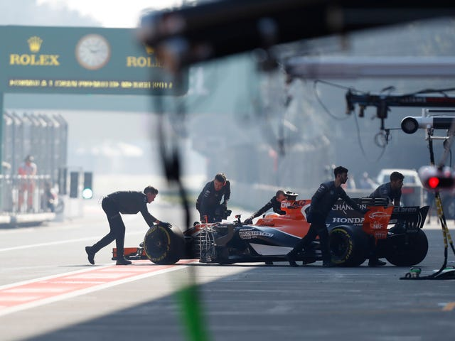 Stoffel Vandoorne Proves Once Again That It's Almost Impossible For Young Drivers to Succeed in Formula One
