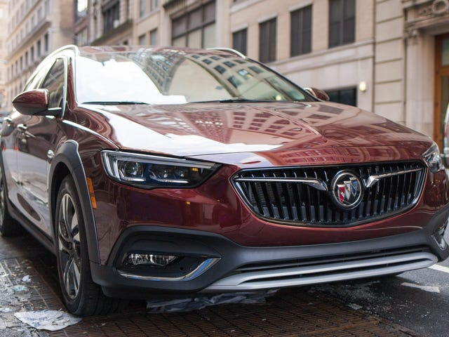 What Do You Want To Know About The 2018 Buick Regal TourX?
