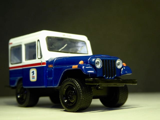 Hot Sixty 4th: Murica Monday with the US postal Jeep