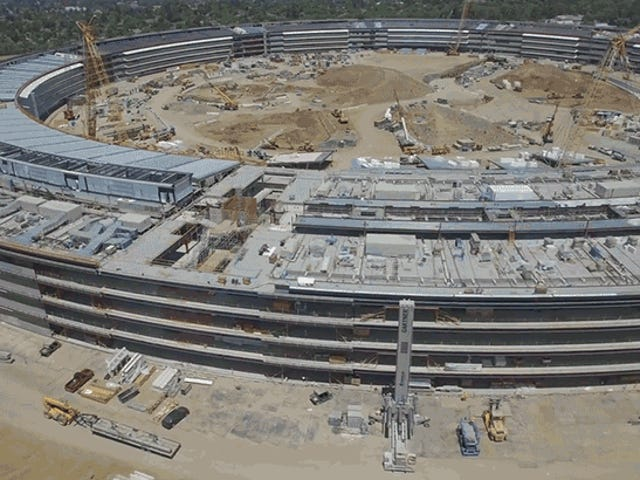 Latest Flyover Reveals the Truly Epic Scale of Apple's New $5 Billion HQ