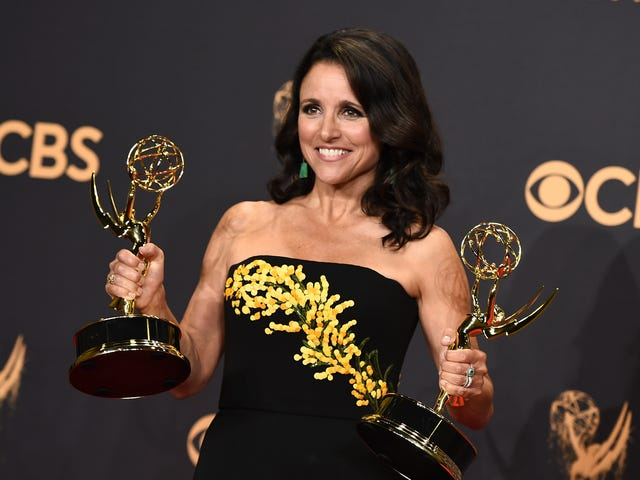 Julia Louis-Dreyfus to Receive This Year's Mark Twain Prize for American Humor