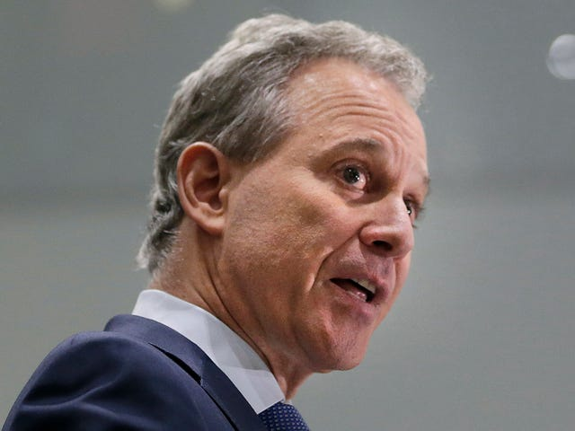 Update: New York Attorney General Eric Schneiderman Resigns Following Abuse Accusations