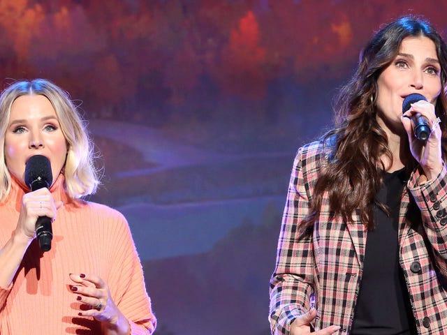 Elsa Sings Lesbian Duet dalam Frozen 2, Kecuali dengan Ibu Mati beliau