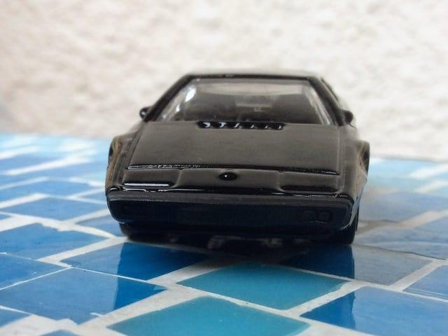 HW Lotus Esprit S1