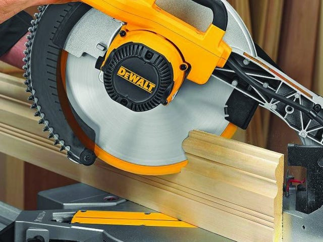 This Popular Miter Saw Has Never Been Cheaper (Kinja Deals Assumes No Liability)