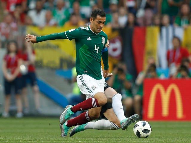 मेक्सिको विश्व कप कप्तान ट्रेजरी विभाग के प्रतिबंधों का उल्लंघन करने से बचने के लिए हास्यास्पद लंबाई पर जा रहे हैं