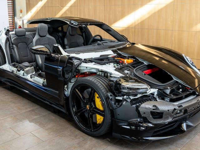 Um olhar extremamente detalhado sobre a engenharia do Porsche Taycan projetada para assumir a Tesla