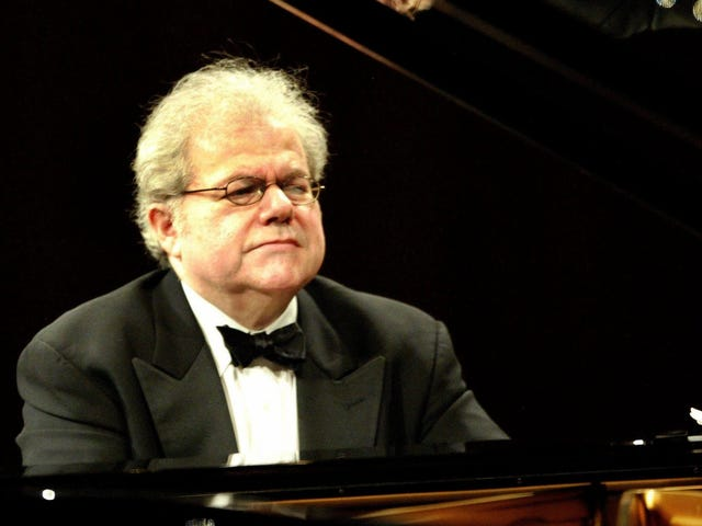 How Emanuel Ax Makes Piano Practice Less of a Slog