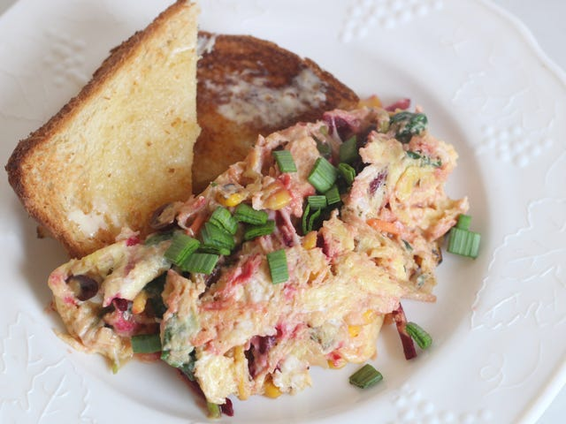 Add Leftover Salad to Your Scrambled Eggs
