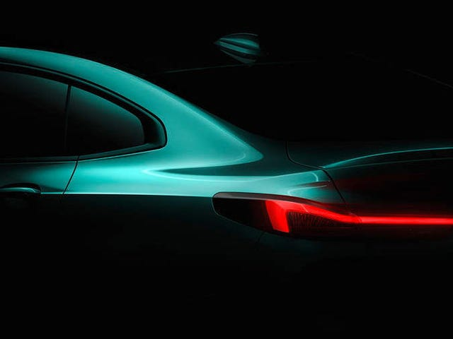De volgende BMW Small Sedan zal FWD zijn net zoals wij vreesden