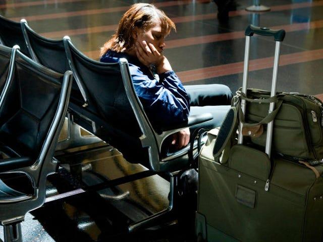 如何在购买了不可退款机票的航班上获得退款