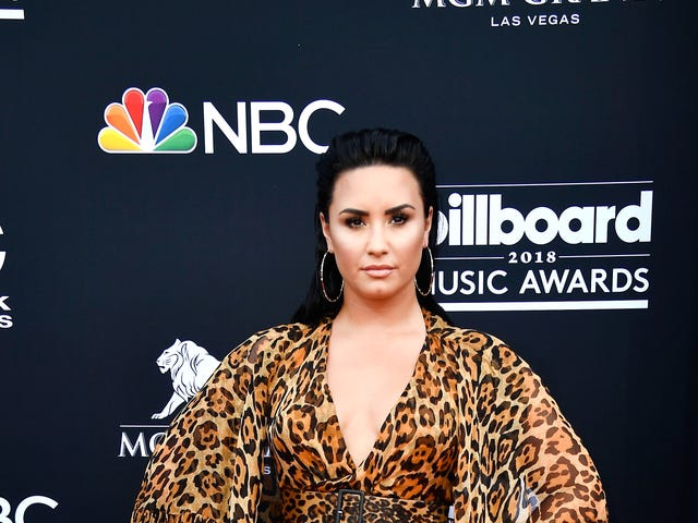 Laten we proberen om Demi Lovato's zaken voor een tijdje te vermijden