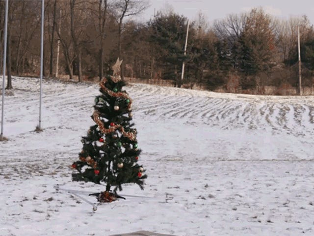 A Drone-Mounted Christmas Tree Is Easier to Take to the Curb After the Holidays