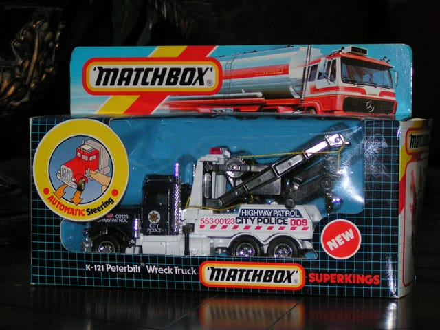 Multifunctional tow truck by Matchbox