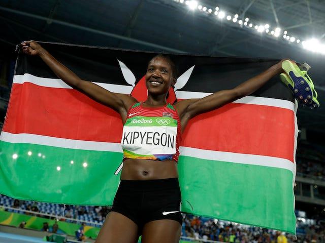 La fede Chepngetich Kipyegon afferra un oro nei 1500 milioni di donne, è abbastanza felice